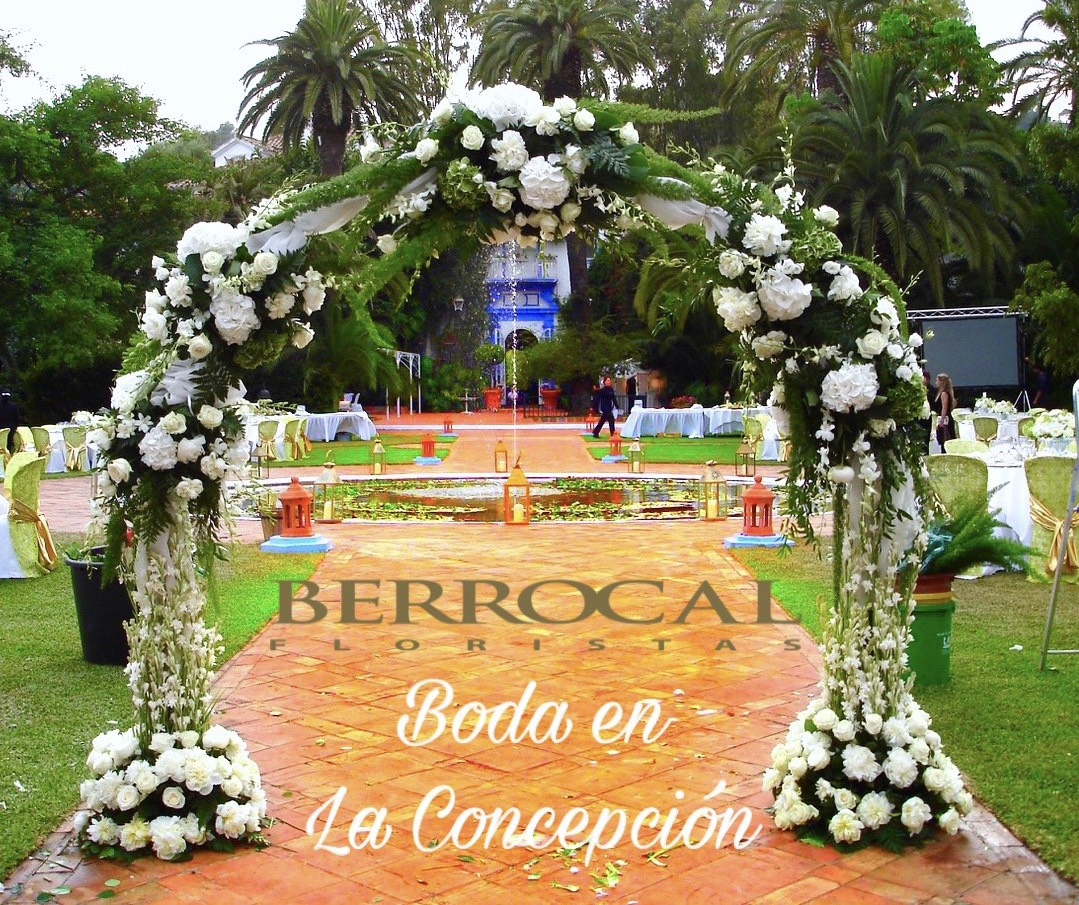 Arco floral. Ceremonia boda.